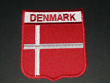 BACKPACKERS NATIONAL COUNTRY SHIELD FLAG SEW/IRON ON PATCH:- DENMARK