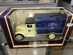 1931 Ertl Hawkeye Frozen Food Delivery for Publix - Die Cast Bank