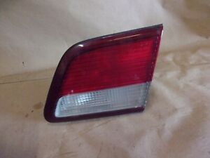 97-99 MAXIMA RH RIGHT PASSENGER SIDE TRUNK DECK LID MOUNTED INBOARD TAIL LIGHT