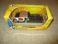 Jada Toys V-Dubs 1963 Volkswagen Bus Pickup 1/24 Scale MISB 2006 See My Store