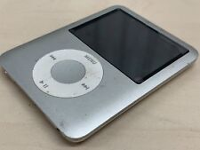 iPod nano (3rd generation) 4GB Silver - Needs Batteries