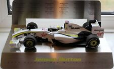 MINICHAMPS 1:18 BRAWN GP F1 JENSON BUTTON WORLD CHAMPION 2009 S/STEEL DISPLAY