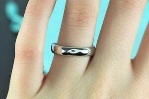 $1,700 Tiffany & Co Platinum 4.5mm Classic Wedding Band Ring Size 8.5