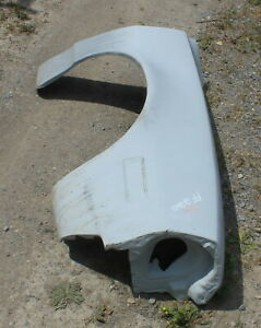 71-73 Ford Pinto Right Fiberglass Front Fender (FF220)