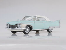 Scale model 1/18 1960 Plymouth Fury Closed Convertible (White/Aqua Mist)