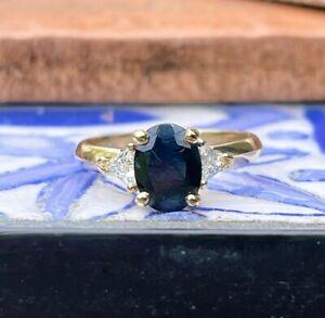 Custom 14KT Yellow Gold Oval .95 CT Blue Sapphire + Trillion Diamond Ring Size 7
