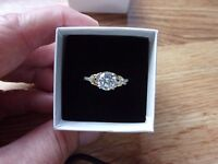 New Elanza Simulated Diamond Ring In Gold & Platinum over Sterling Silver sz 7