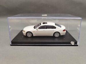 1.43..Minichamps--BMW 7er weiß / 4 I 331