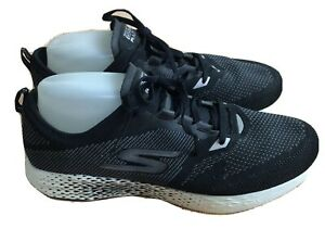 Men's Sketchers Go MEB Razor 2 Running Shoe Sz 11 Black Sneakers 55212 Training