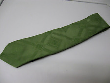 VINTAGE RETRO  1960's-1970's SOLID GREEN EMBOSSED DIAMOND PATTERN MEN'S NECKTIE