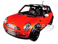 MINI COOPER ORANGE WITH CHECK ROOF 1/18 DIECAST MODEL CAR BY MAISTO 12034
