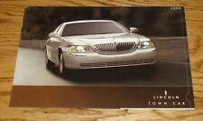 Original 2005 Lincoln Town Car Sales Brochure Folder 05