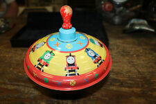 VINTAGE 1997 Thomas The Tank Engine Spinning Metal Top Tin Litho Wood Handle
