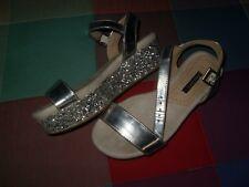 sandalias plataformas CORINA PLATEADOS brillantes no aprieta con tiras y comodas