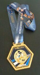 Walt Disney World MICKEY MINNIE MOUSE Run Marathon 2020 Running Race Medal