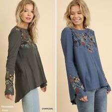 UMGEE Floral Embroidered Hi-Lo Hem Tunic Top