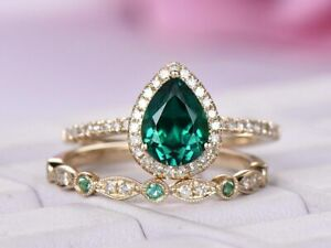 3Ct Pear Cut Green Emerald Halo Bridal Set Engagement Ring 14k Rose Gold Finish.
