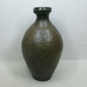 A190: Korean flower vase of old pottery ware of Goryeo dynasty of KURO-GORAI