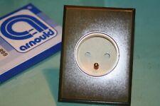 Arnould  le Silencieux Prise  2P+T 66033  plaque métal moderne bronze 668 62