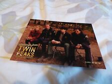 TWIN PEAKS - RARE GOLD BOX DVD POSTCARD No.27 : LUCY, ANDY, HAWK.. (DAVID LYNCH)