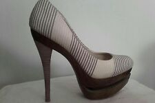 Jessica Simpson Beige Striped Shoes. Size UK4
