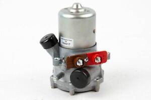 Rebuilt Bosch Fuel Pump for 1968-1972 Mercedes-Benz *0442201002