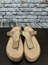 Anthropologie By Nakedfeet Gold Metallic Thong Slip On Sandals Size 9 NEW