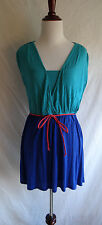 Guess Size Large Blue & Teal 2 Piece Tunic V-Neck Shirt & Cami Top Slip & Belt