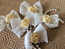 Cream Rose Buds & Embroidery Anglais Pearl Embellishments
