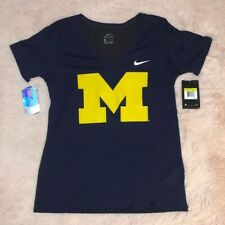 New Nike NCAA 'University Of Michigan Wolverines' Small V-Neck T-Shirt.