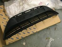 Ford C-Max New Genuine Ford front grill