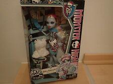 Monster High Abbey Bominable Art Class Kunstunterricht Neu NRFB