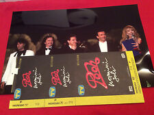 POOH - UOMINI SOLI BIGLIETTO DEL TOUR 1990 e DUE FOTO SUL PALCO DI SANREMO