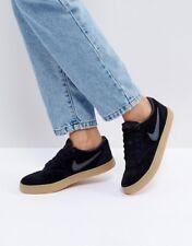 Nike SB Carreaux solaire baskets en noir en daim avec gomme semelle. Pointure 7.5. EU 42