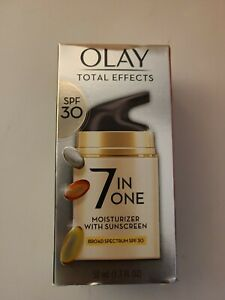 Olay Total Effects, 7 in 1 Moisturizer SPF 30, 1.7 oz 50 mL Expiration: 06/2022