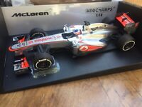 MINICHAMPS 530 131805 McLAREN MERCEDES MP4-28 F1 model Jenson Button 2013 1:18th
