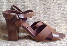Red Tape Wome's Shoes Sandals UK 8 tan colour