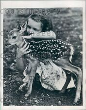 1948 Cute NY Girl With Baby Deer Press Photo