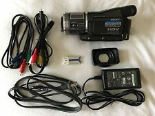Sony Handycam HDR-HC1 HDV MiniDV Camcorder - with box and all accessories!
