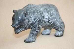 VINTAGE INUIT CARVED STONE BEAR