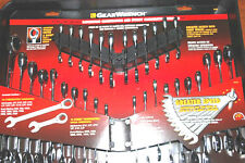 GearWrench 32pc SAE/Metric Ratcheting Combination and Stubby Wrench Set #70032