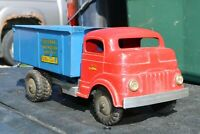 Structo TOYLAND CONSTRUCTION COMPANY DUMP HAULER - pressed steel - USA