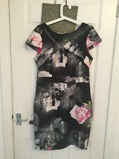 Stunning lipsy dress size 14 (will fit 12-14) similar style to Ted Baker dresses
