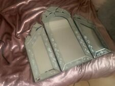 dressing table mirror, no scratches, foldable, used but in perfect condition