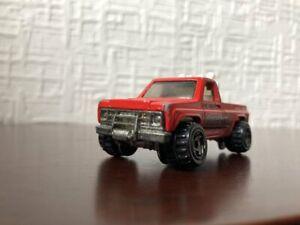Hi Bank Racing Truck HOT WHEELS 1/54