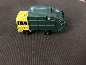 Maisto 1/64 Green Garbage Truck