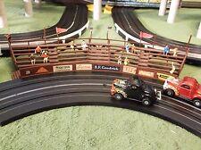 Vintage AURORA MoDEL MoToRING Curved Bleacher T Jet Slot Car Race Track Building