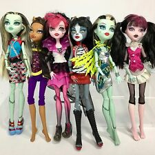 MONSTER HIGH DOLLS LOT Werecat Frankie Stein Draculaura 6 Dolls Total