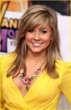 Shawn Johnson Blonde With Yellow Shirt 8x10 Picture Celebrity Print