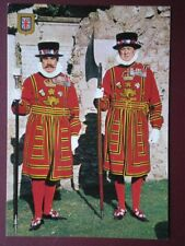 POSTCARD LONDON BEEFEATERS - TOWER OF LONDON